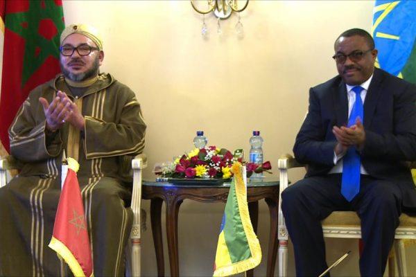 تواجد الملك محمد السادس بافريقيا تكريما للمراة الافريقية